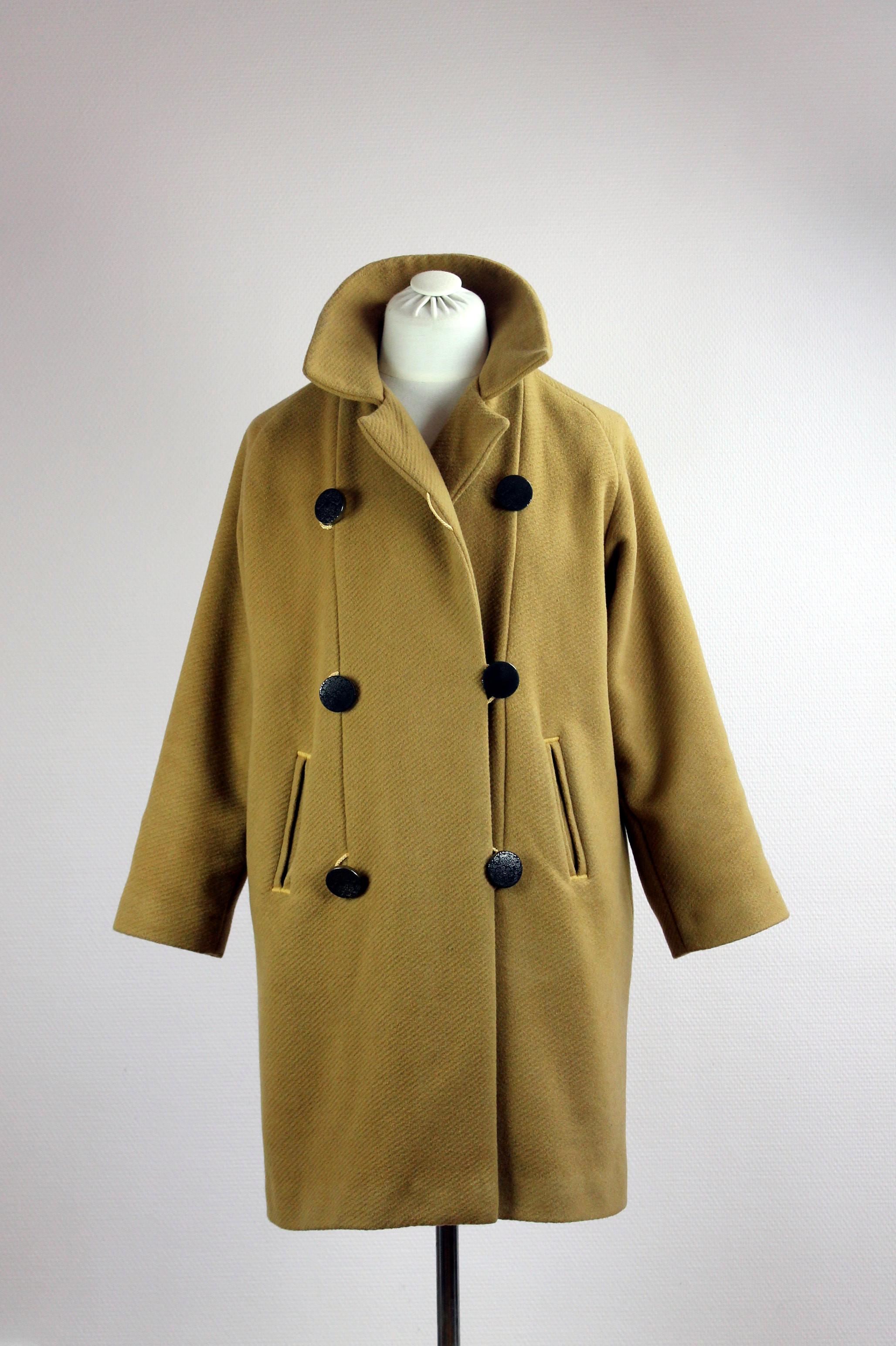 manteau vintage le retour damngoodcaramel. Black Bedroom Furniture Sets. Home Design Ideas